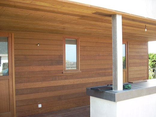 Showroom Lesquel Exemple de réalisation d'un lambris extérieur